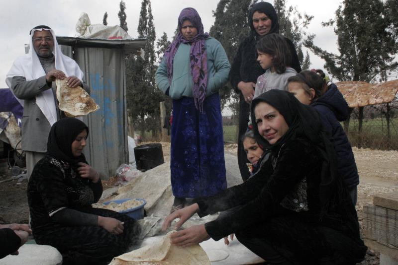 داخل مخيّم للاجئين السوريين في لبنان
