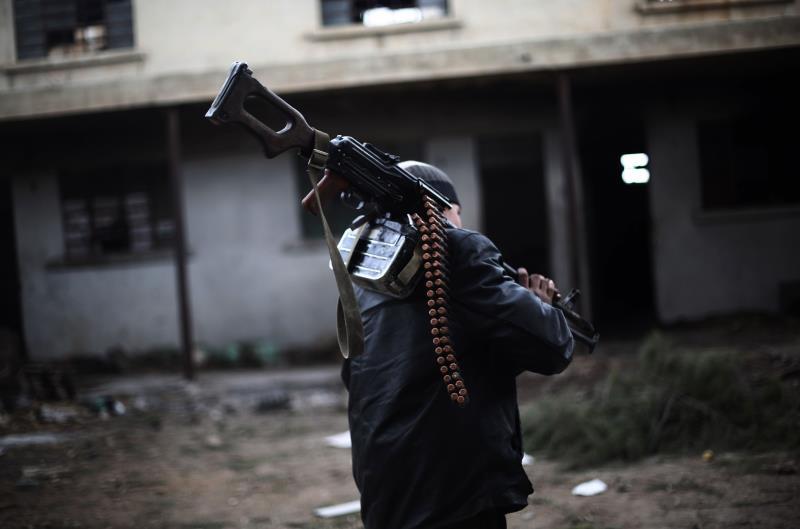 حتّى أيام قليلة كانت «جبهة النصرة» ترفض تعزيز قوّاتها في أحياء حلب الشرقيّة