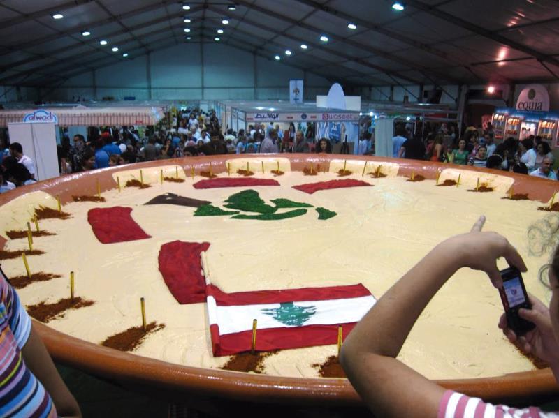 لم يكن لبنان بحاجة لأكبر جاط حمص ليعود إلى تبوّء المراتب الأولى عالمياً