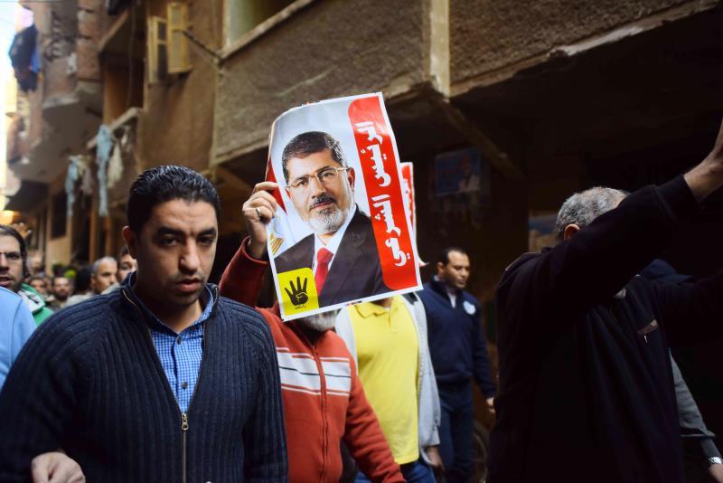 أثارت تصريحات وزير العدل عن إعدام مرسي ضجة بين الحقوقيين والشباب