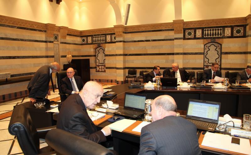 تخلل جلسة الحكومة تسجيل مواقف لم تخل من مزايدات