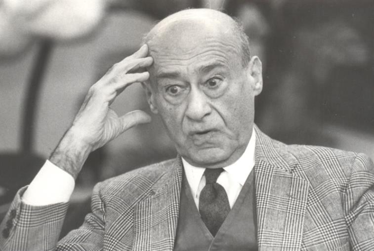رافق عهود شهاب وحلو وسركيس في معظمها وزيرا للخارجية