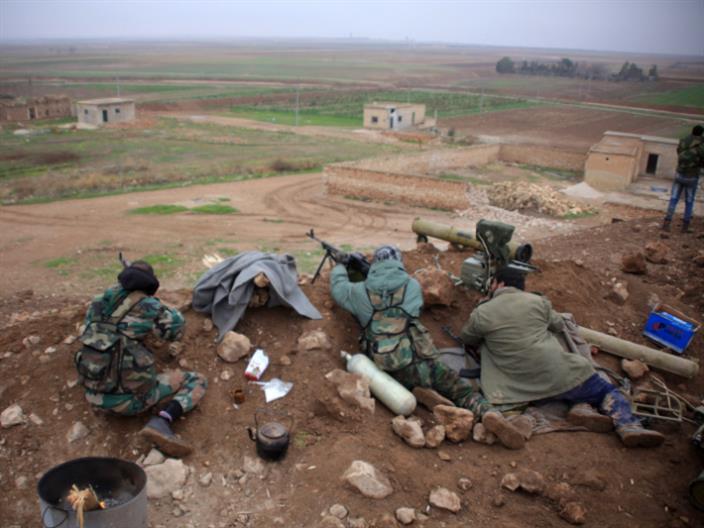 الجيش السوري نحو تادف... و«داعش» يفشل في استعادة سد تشرين
