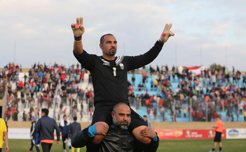 بطل التأهل الحارس عبدو طافح بعد الفوز على ألاي أوش