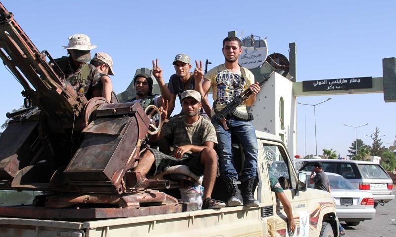 شكّلت تونس لجنة وطنية للتعامل مع أي عملية عسكرية محتملة ضد داعش في ليبيا
