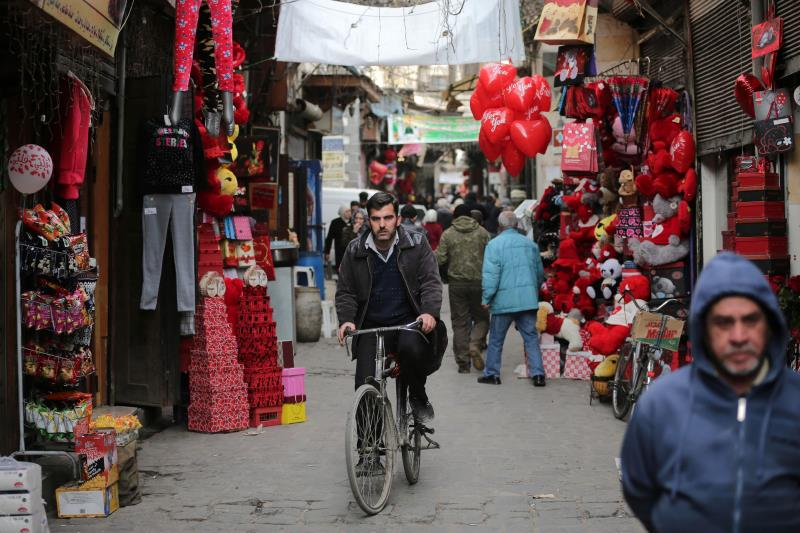 دمشق تستعد للحب رغم كل شيء (جوزيف عيد)