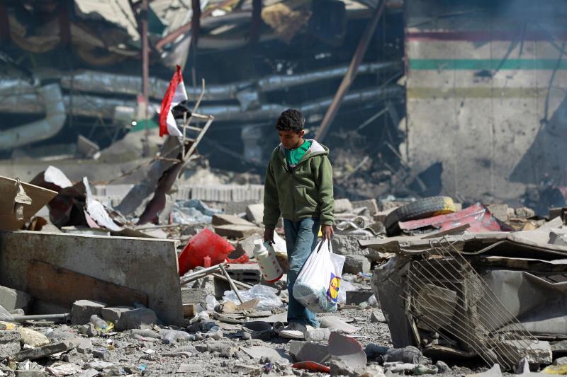 شنت طائرات العدوان أعنف غارات على صنعاء عقب الضربة الصاروخية على جيزان