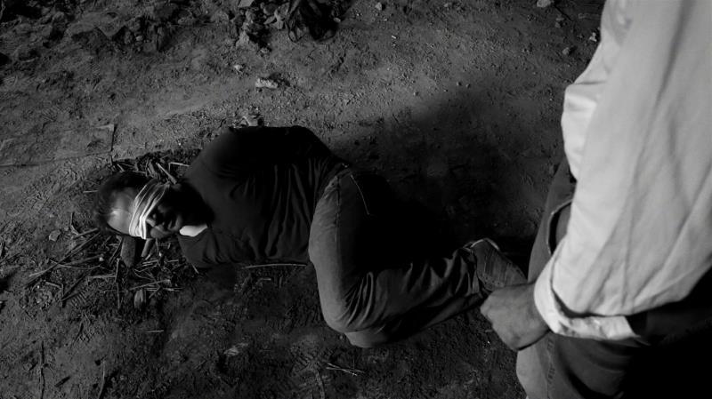 مشهد من «حب وسرقة ومشاكل أخرى»