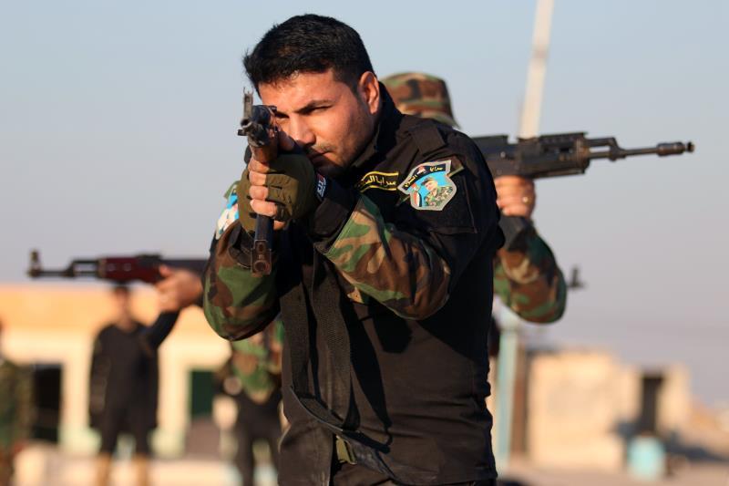 الصدر أبلغ العبيدي أنه ينبغي أن يتم تحرير الموصل بأيادٍ عراقية