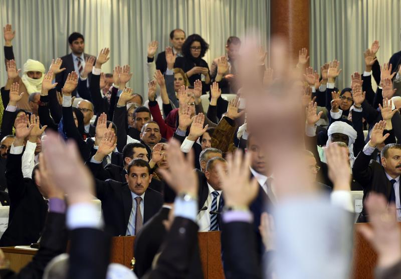 خلال تصويت البرلمان الجزائري على حزمة إصلاحات دستورية قبل أسبوع