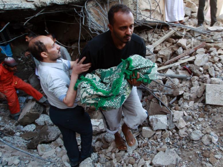 الأطفال تحت وطأة الحرب: موت وأمراض وتجنيد