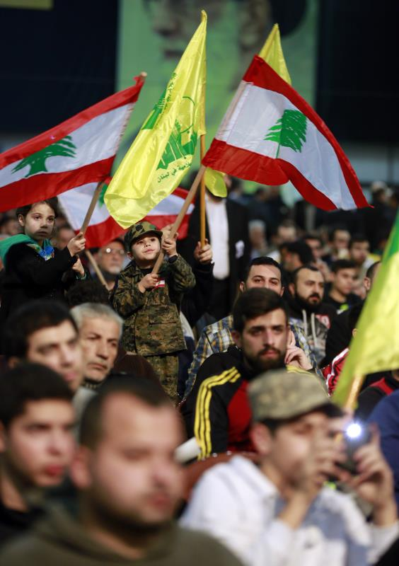 سوريا لأهلها وشعبها، ووحدهم يقررون مصيرها ونظامها ودستورها ورئيسها