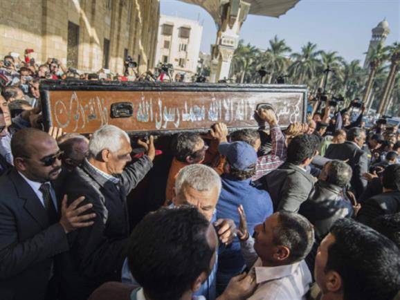 الوداع في «مسجد الحسين»