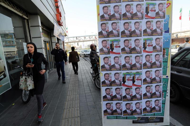 القانون في إيران يمنح كل 250 ألف مواطن نائباً في البرلمان