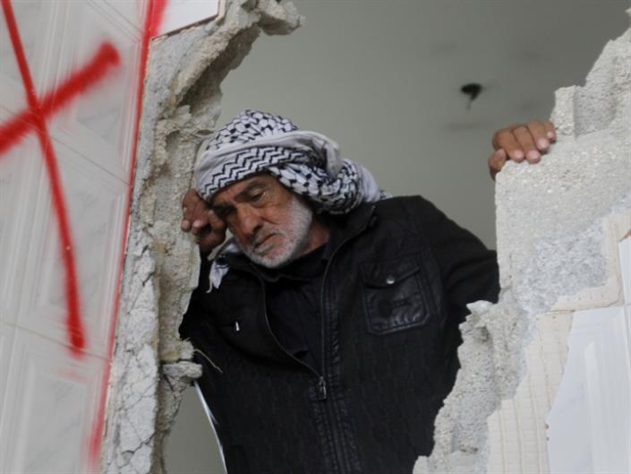 ركام الحرب لإنتاج الإسمنت ولتوسيع الميناء: هل عُمّرت غزة؟