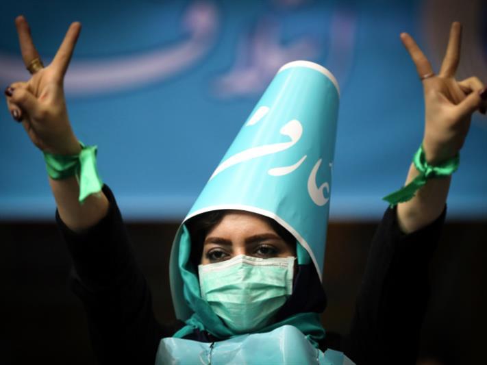 انتخابات إيران غداً: اختبار لروحاني
