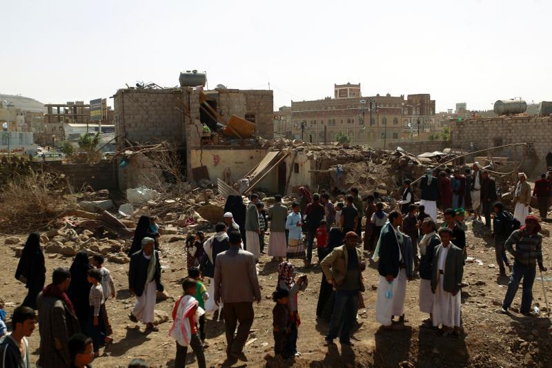شنّ طيران «التحالف» أكثر من 30 غارة على منطقة ملح والفرضة وبني شكوان في مديرية نهم في صنعاء