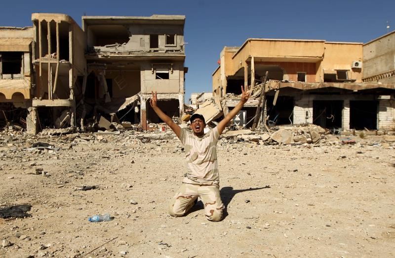 الغويل: قوات كوماندوس فرنسية تدير المعارك في بنغازي