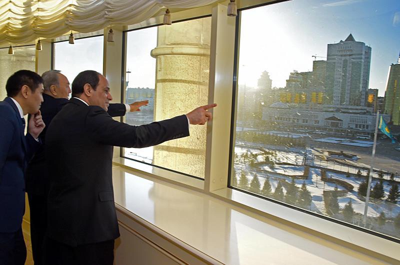 يواصل السيسي جولته الجديدة التي بدأها أمس في كازاخستان