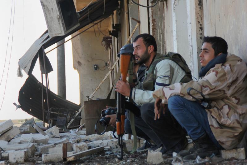 ردّ الجيش على مصادر نيران مسلحي «داعش» و«النصرة» وتعامل معها وفق ما يقتضي «الظرف»