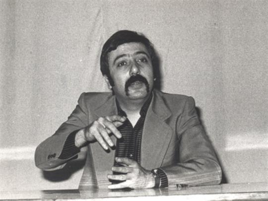 عماد محفوظ: في سقيفة المنزل كان يكتب ويمثّل