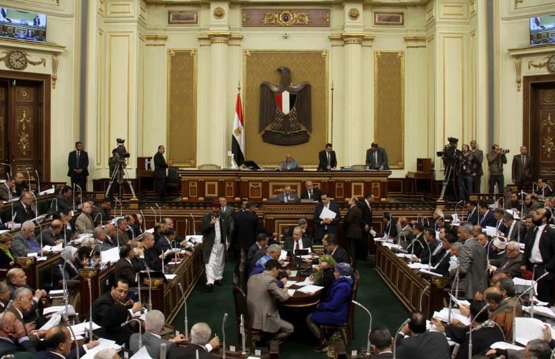 سيكون من المستحيل حضور جميع النواب داخل القاعة أثناء وجود السيسي في مجلس النواب للمرة الأولى