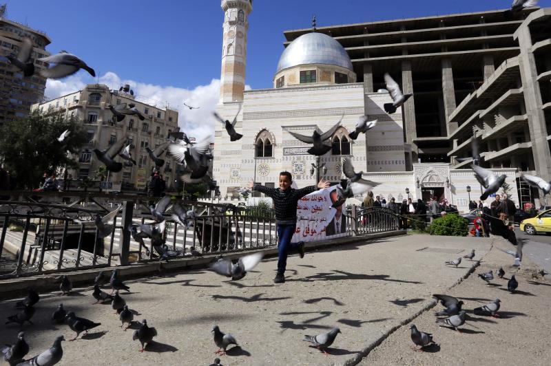الجرح السوري الذي فُتح قبل خمس سنوات لا يزال مُشرَعاً على كثير من الاحتمالات