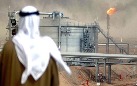 السعودية مقبلة على أزمة من المستبعد أن تخرج منها بهيئتها الحالية