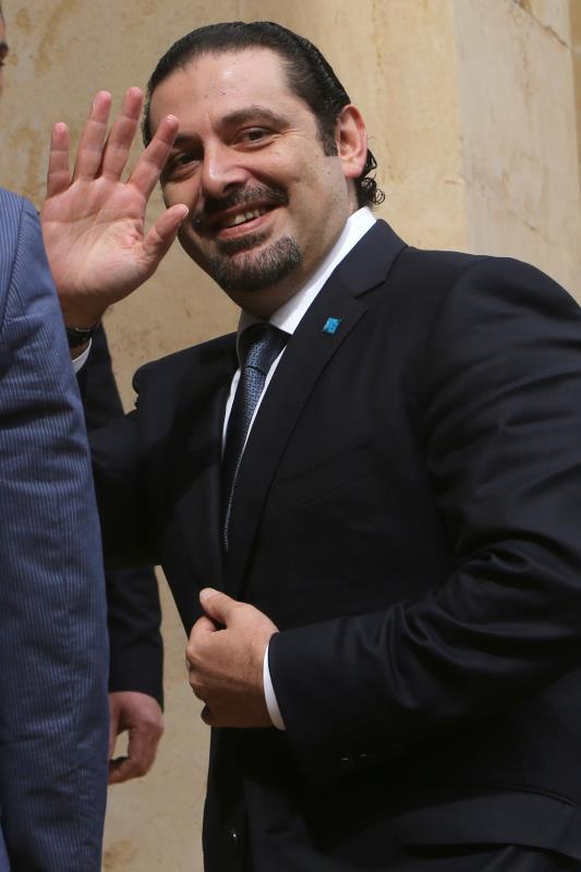 يستطيع الرئيس سعد الحريري، لو أنه يثق بنفسه، أن «يديّن» نفسه مبلغاً من المال ويحلّ أزمته