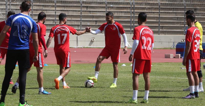 يسعى لاعبو منتخب لبنان لانتزاع نقطة من المضيّف الكوري الصعب