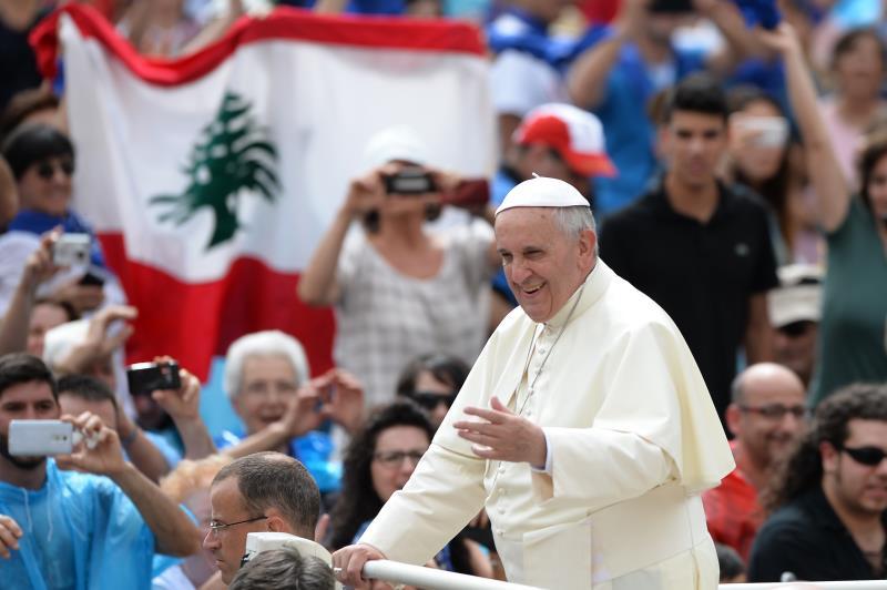 تؤكد أوساط الفاتيكان أن لا صحة لما يحكى عن مبادرة لروما حيال الأوضاع في لبنان والوجود المسيحي فيه وفي الشرق عموماً