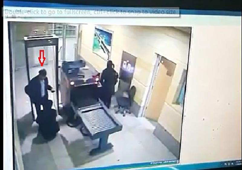 بثت «الداخلية» فيديو تفتيش الخاطف لتثبت أنه لم يحدث خرق أمني