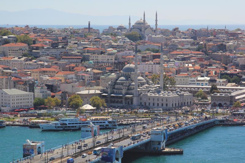 شكلت البلدان المجاورة مثل تركيا وقبرص وشرم الشيخ عنصر جذب للبنانيين