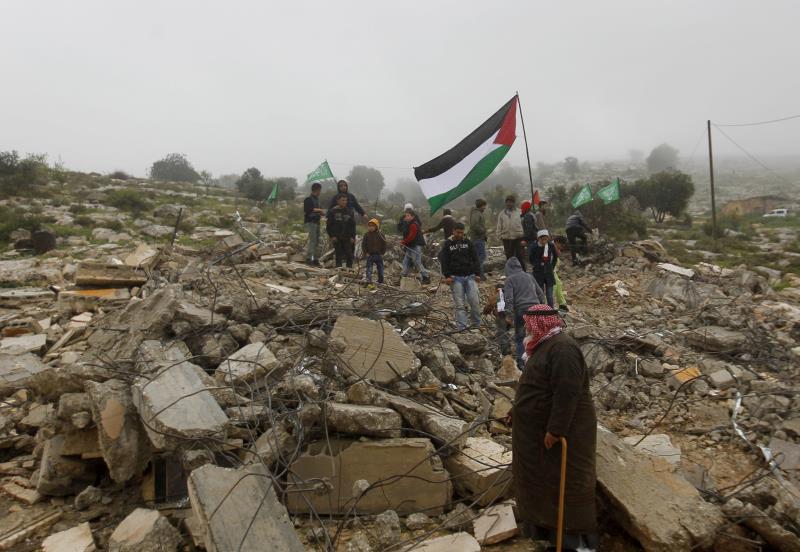 في نظرة طائر على المنطقة والعالم، من يريد فلسطين؟