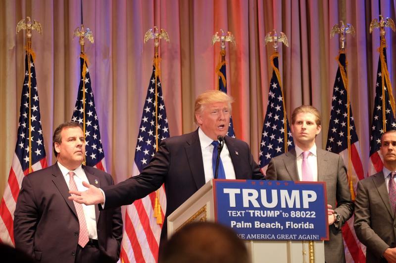 حاز ترامب على دعم حاكم نيوجرسي كريس كريستي والسناتور عن ألاباما جيف سيشنز