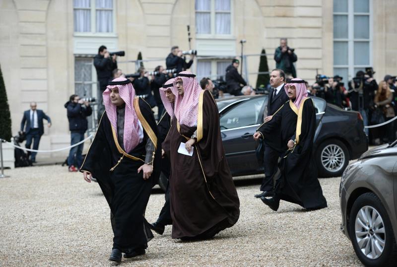 هل كل المؤيدين أو الساكتين عن فظائع آل سعود مرتشون؟