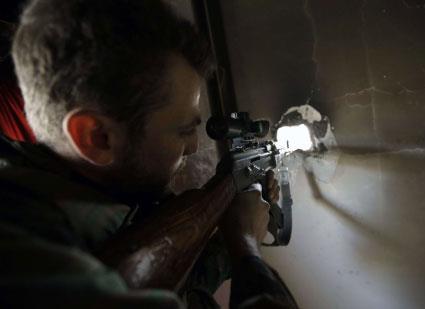 الجيش يحصّن الطريق إلى حلب