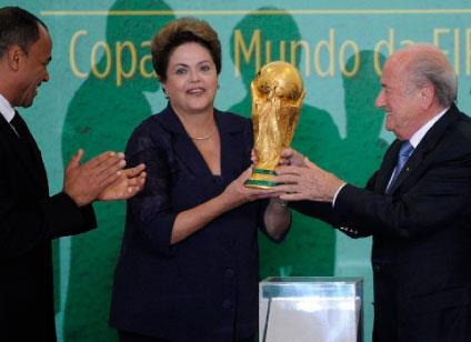 «حرب عالمية» في البرازيل:  ابحث عن السياسة