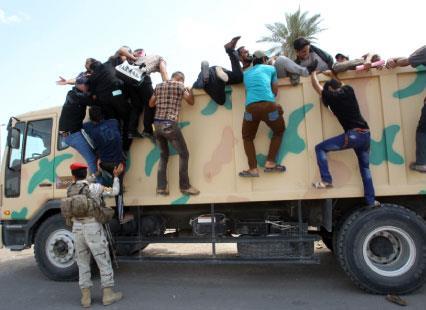 واشنطن تبتز بغداد وطهران... والرياض «تــسخر»