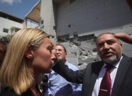إسرائيل تستثمر المبادرة المصرية في توسيع العدوان