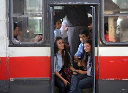 خصخصة النقل المشترك:  تدمير الواجهة المدنية للدولة