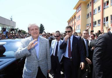 «أردوغان المقدّس» رئيسٌ غير شرعيّ!