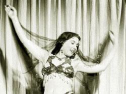 «الراقصة» تهزّ البلد:  برنامج المواهب تحوّل قضية وطنية