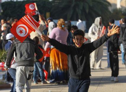بانوراما المشهد التونسي على مشارف الانتخابات | شبح «التوافق» يخيّم  على العملية الديموقراطية!