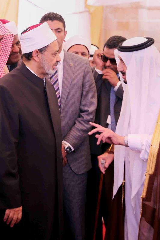 وضع سلمان وشيخ الأزهر الحجر الأساس لمدينة البحوث الإسلامية لأربعين ألف طالب