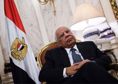 الببلاوي مديراً تنفيذياً في صندوق النقد الدولي: هل ينجح دولياً بعد فشله محلياً؟