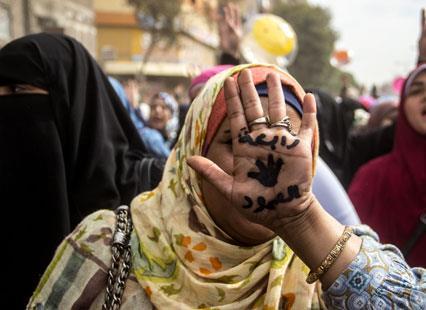 «الميمون» تعمّق خيار العنف لدى إسلاميي مصر