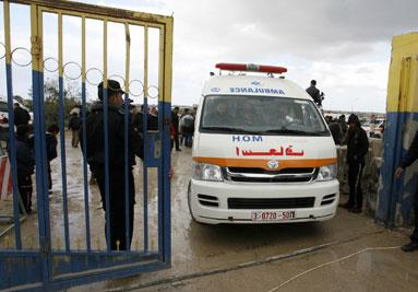 تأخر الدفع وأحداث سيناء... سيفان اجتمعا على مرضى غزة في القاهرة