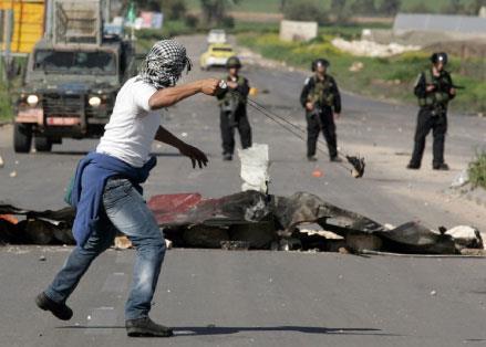 فلسطين | مواجهات الضفة غير مرتبطة بخطط الفصـائل أو السلطة