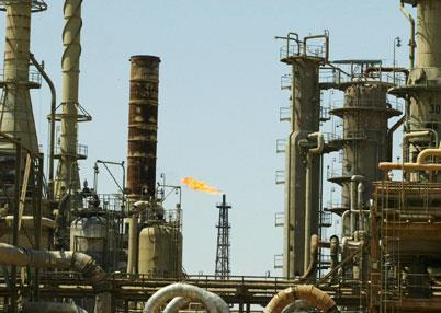 إيرادات العراق تتهاوى